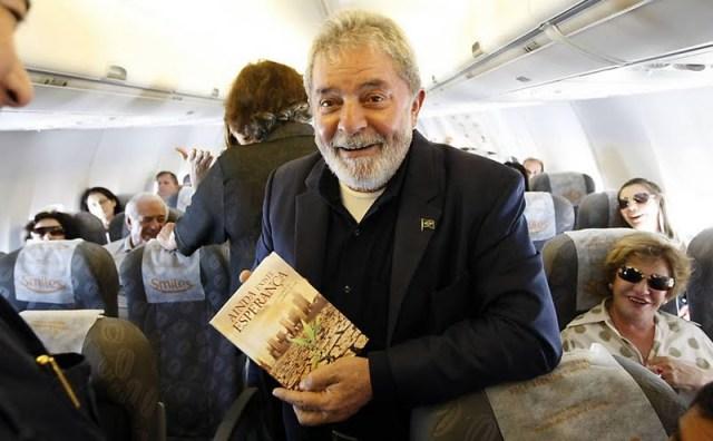 Lula e livro adventista