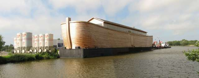 Resultado de imagem para réplica da arca de noé