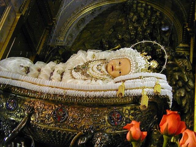 Natividade da Rainha Pura Maria contra a biblia