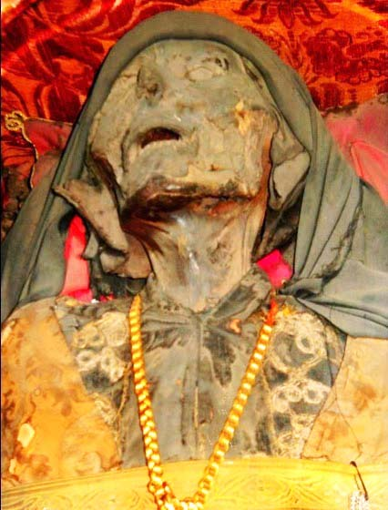 cadaver grecia2