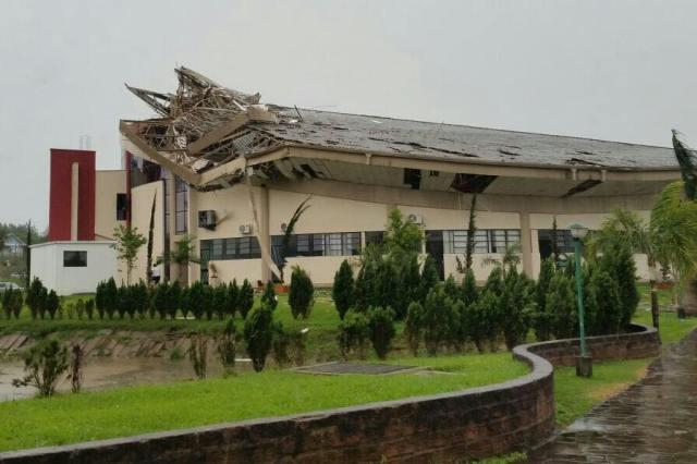 internato tornado2