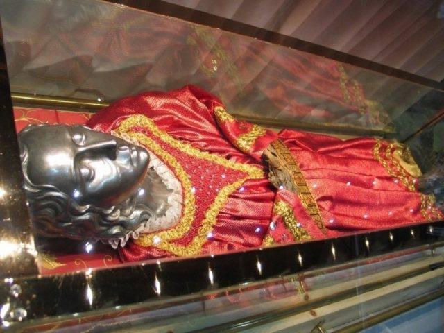 cadaver santa lucia adoracao2