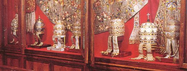 coroa papal1